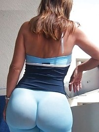 Bubble ass spandex mature in brazil