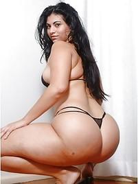 Big vulva pussy